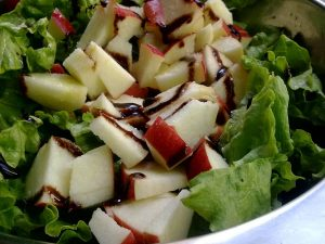 como hacer ensalada de manzana